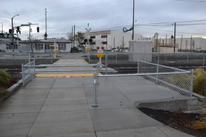 Fencing added at SE 8th Ave crossing to help cyclists and pedestrians to be more aware of trains